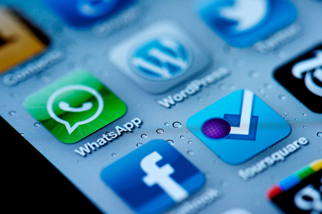 apps-whatsapp
